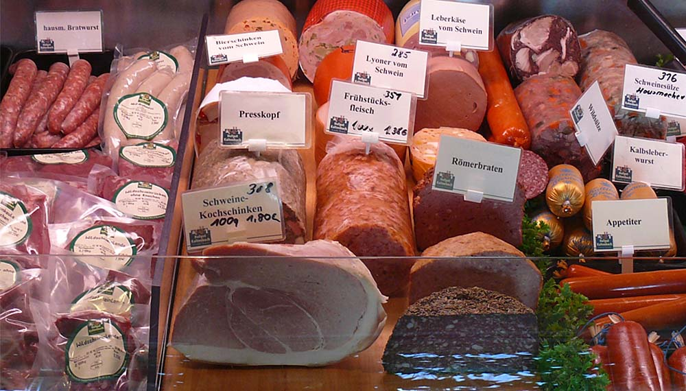 hausschlachtene Wurst + Fleisch