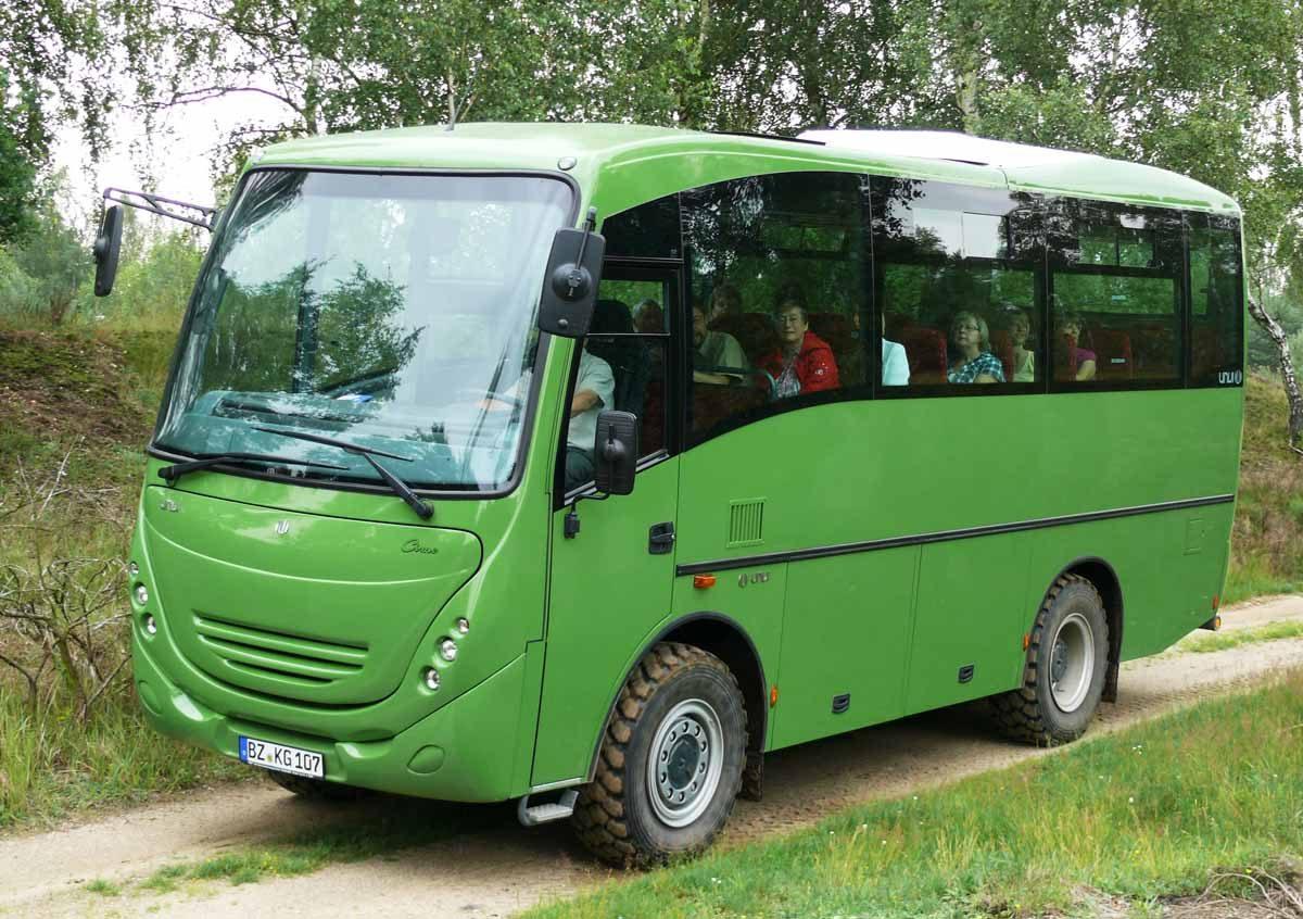 Geländebus im NSG - Foto: Sachsenforst